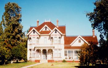 Inzanaranchhouse